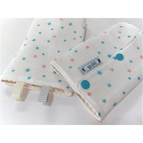 Jinglebib Drool Pad - White Teal Stars - Little Baby