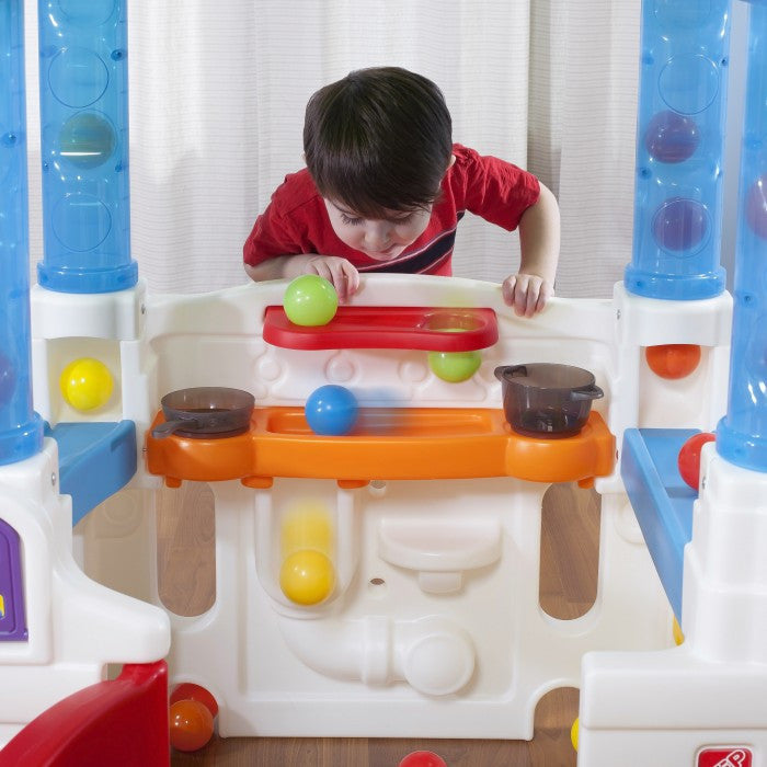 Step 2 WonderBall Fun House - Little Baby Singapore - 2