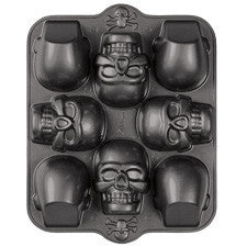 Wilton Dimensions® 3-D Mini Skull Pan