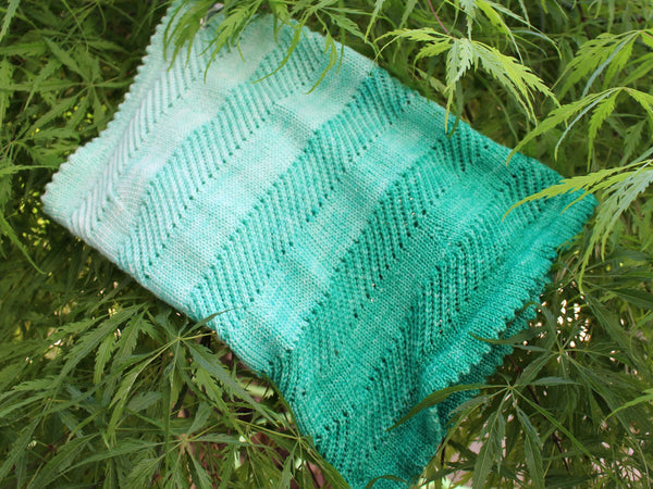 Willow Cowl in Mint