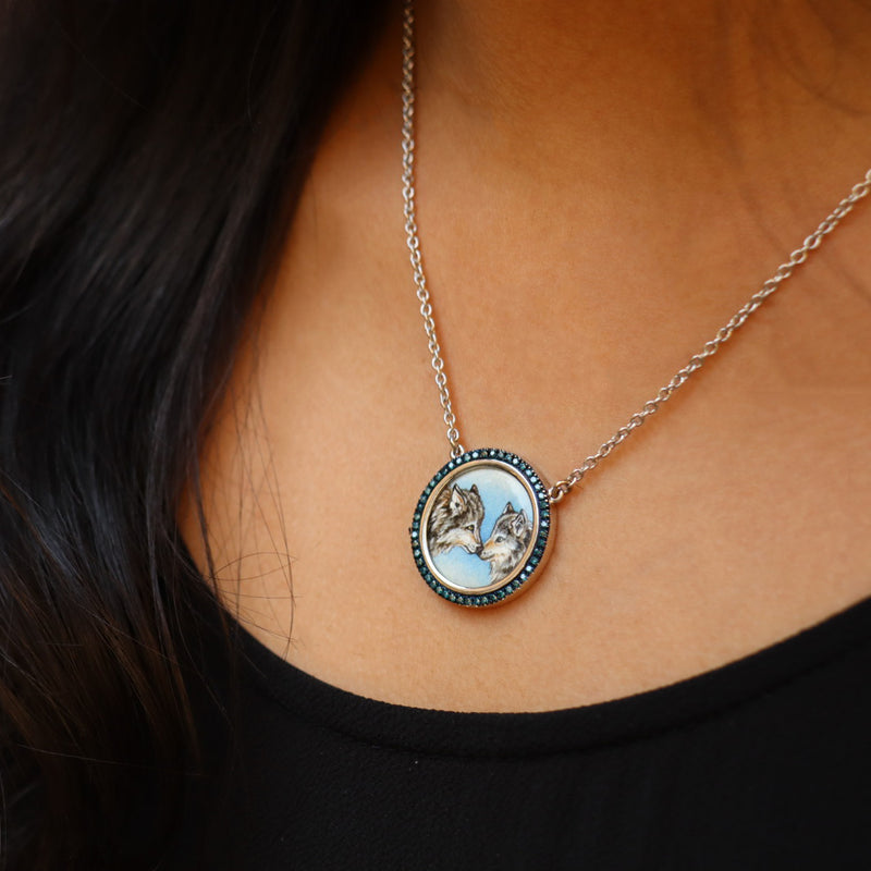 Wolves Diamond Necklace