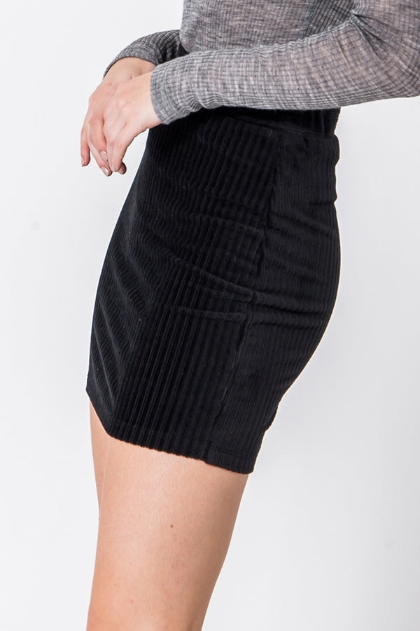 Fawn Fitted Corduroy Mini Skirt - Black