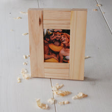 Load image into Gallery viewer, kids wooden picture frame kit
