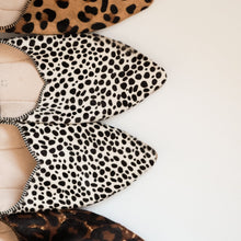 Charger l'image dans la galerie, Leather Slippers, Light Leopard