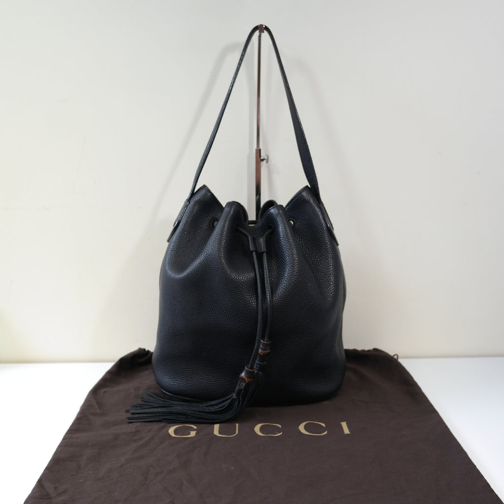 GUCCI BLACK LEATHER DUFFLE BAG