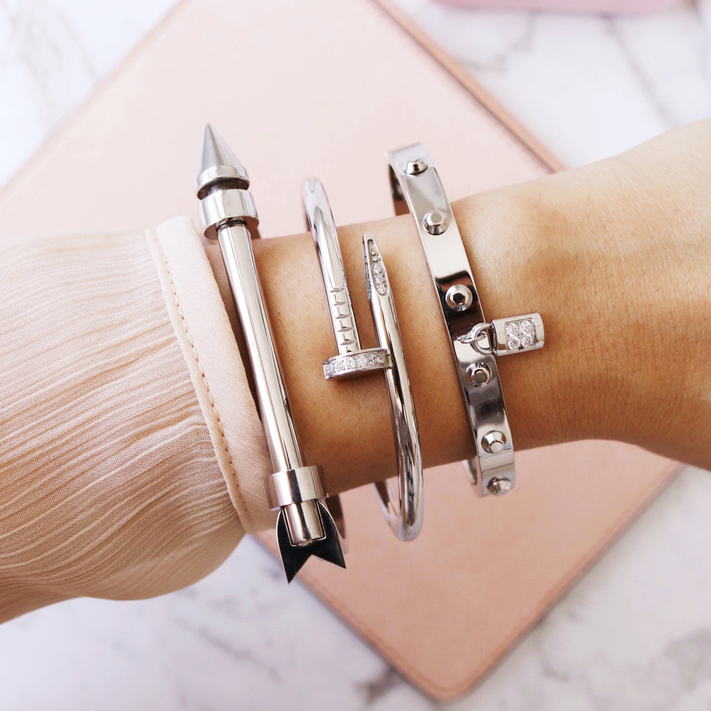 Arrow Bangle Silver