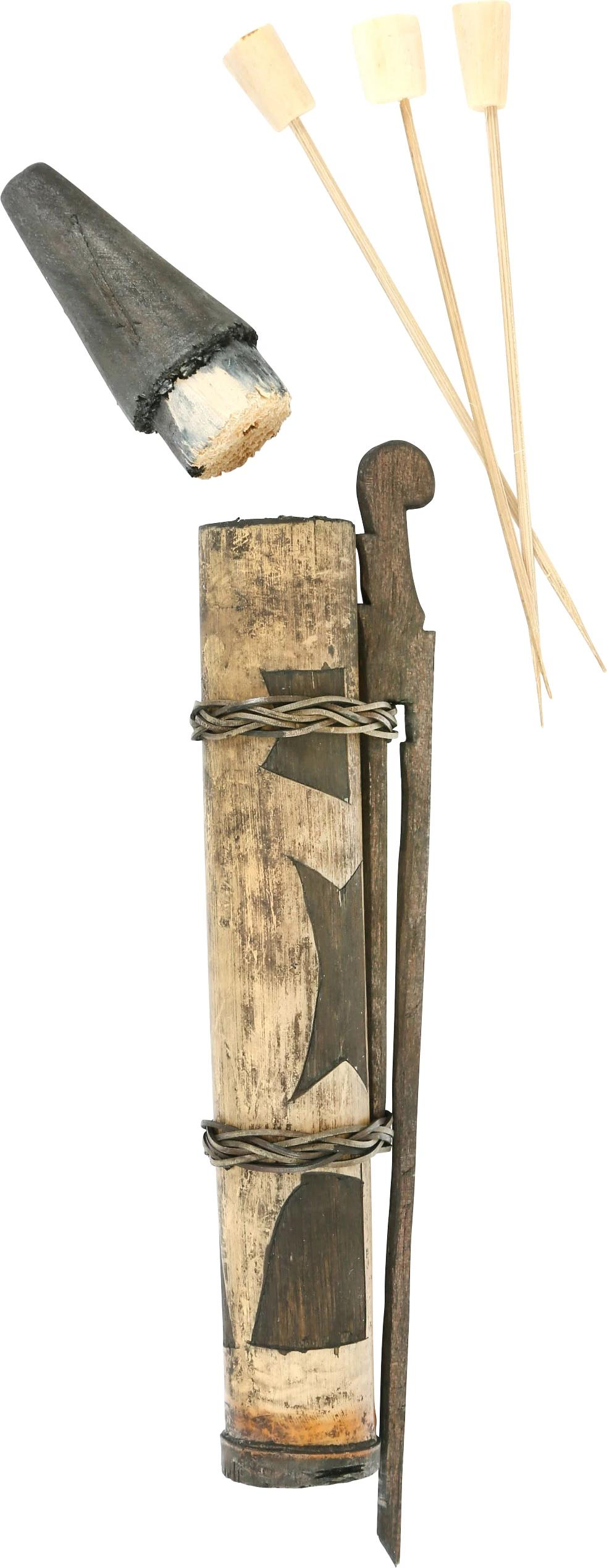 DAYAK HEADHUNTER'S BLOW PIPE DART CONTAINER, TOLAR 19th Century.