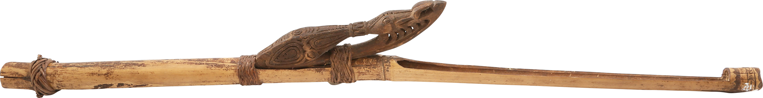 GOOD NEW GUINEA SPEAR THROWER.