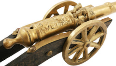 PRESENTATION CANNON MODEL