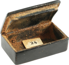 COLONIAL PERIOD MINIATURE SNUFF BOX