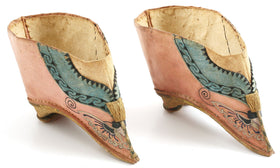 EXTRAORDINARY PAIR OF CHINESE LADIES SHOES FOR BOUND FEET (FOOT BINDING)