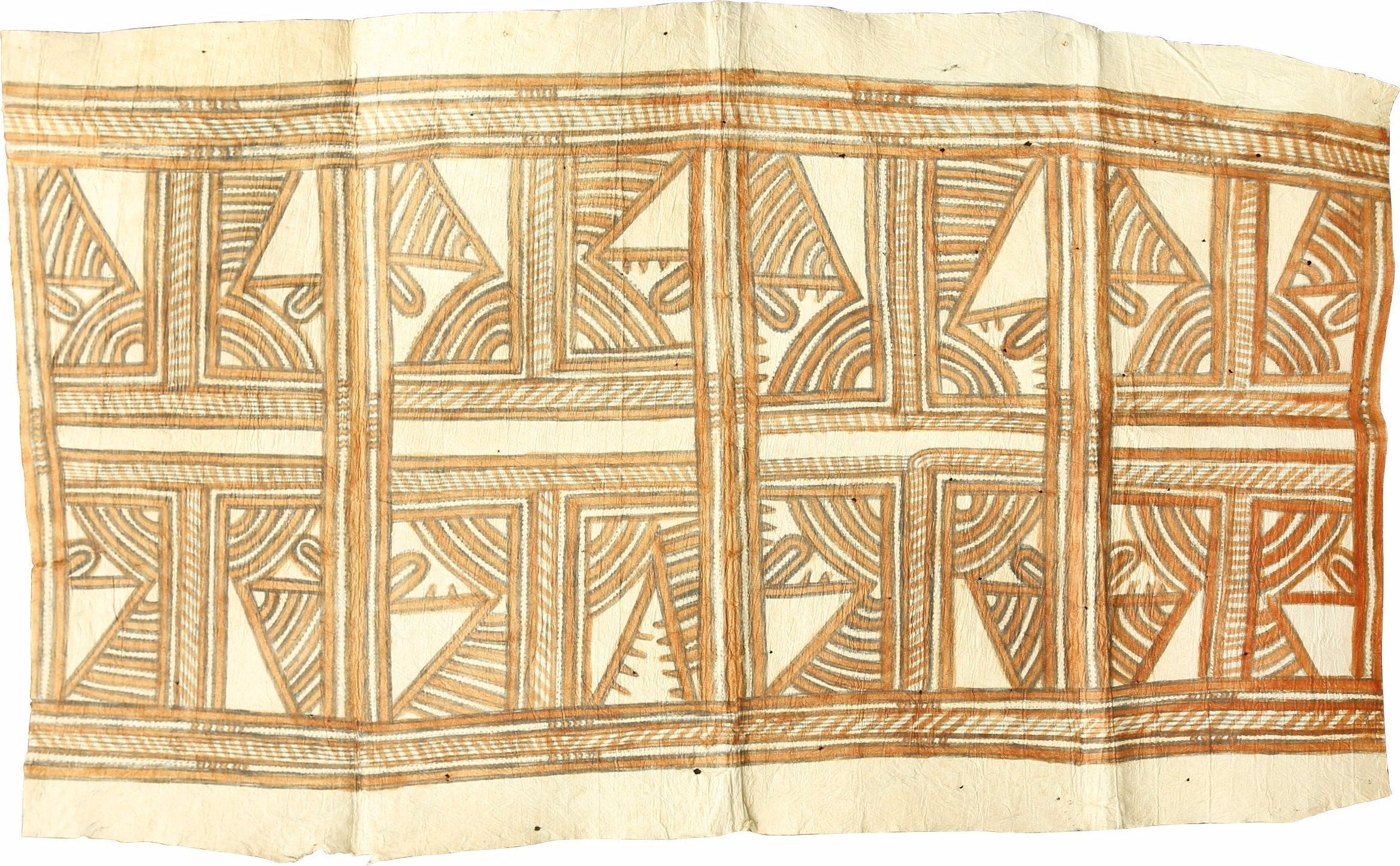 A GOOD TAPA CLOTH, EARLY 20th CENTURY - Fagan Arms