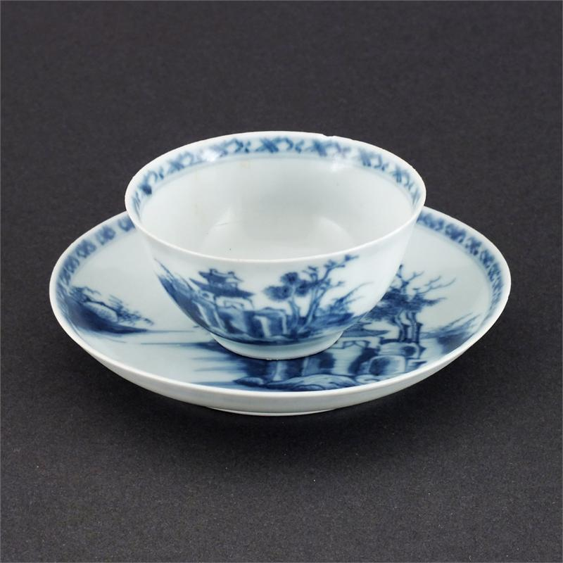 Chinese Export Tea Bowl And Saucer - Product
