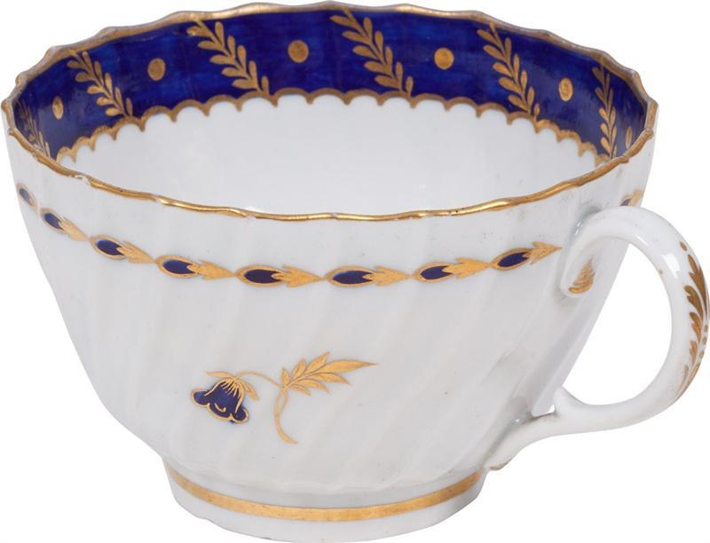 English Export Pottery First Period Worcester Tea Cup - Product