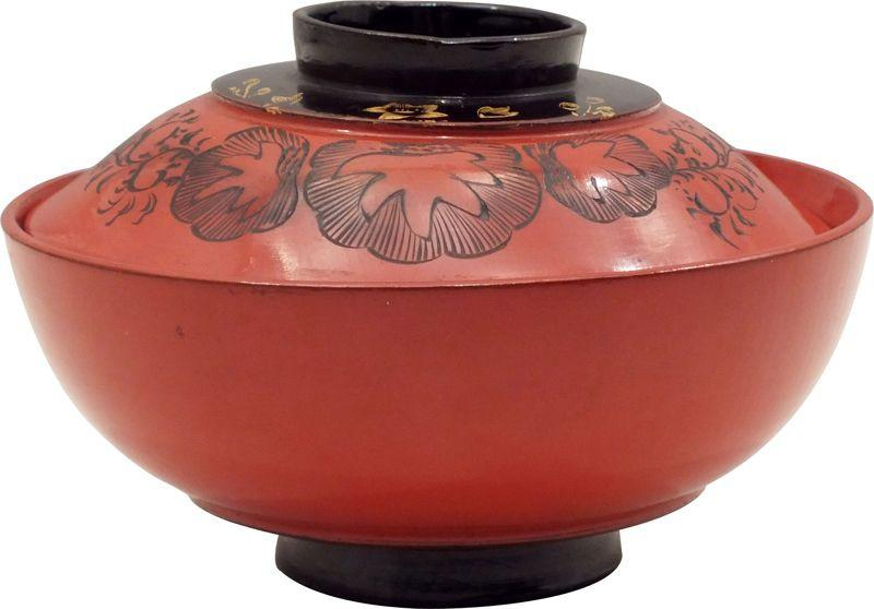 JAPANESE LACQUERED COVERED BOWL - Fagan Arms