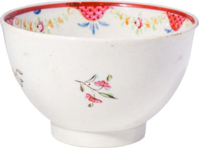 LOWESTOFT TEA BOWL C.1790