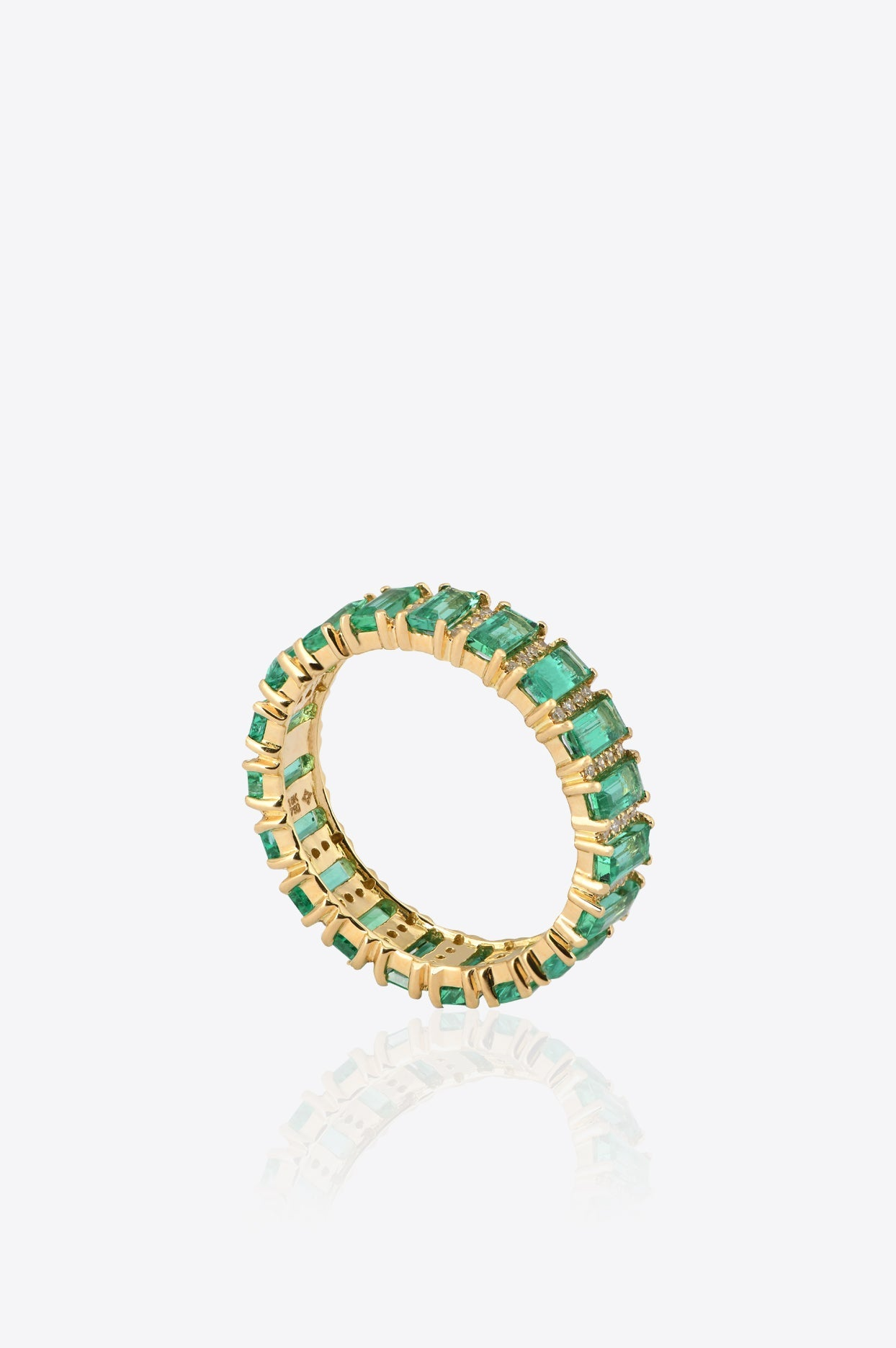 Vous Fine Jewelry Yellow Gold, Diamonds And Emerald Ring In Green