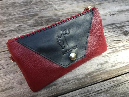 Black Knight Wristlet Grand Prix Red