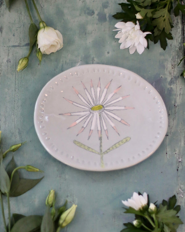 Gemma Orkin Favourite Oval Dish - White And Pink Daisy