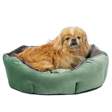 Load image into Gallery viewer, Ferplast QUEEN Velvet sofa for cats and dogs. Soft padding - various sizes and colours.