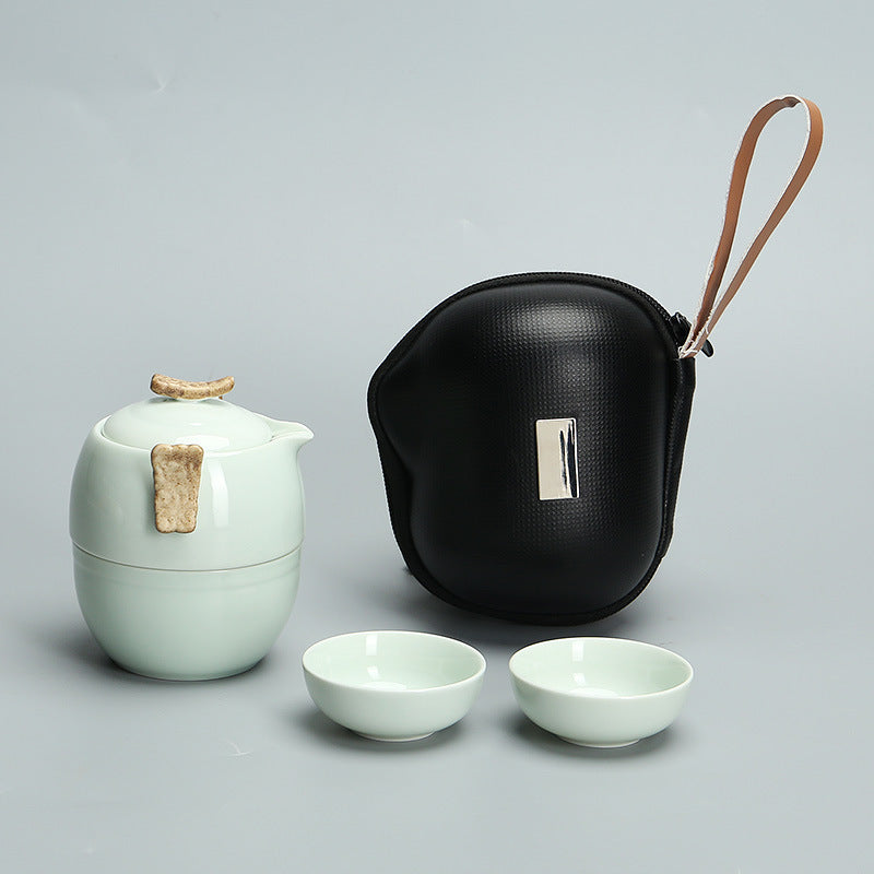 One pot and three cups travel tea set