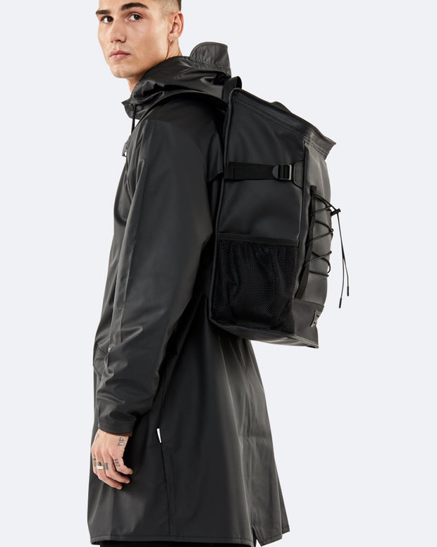 Rains Backpacks | Mochila Mountaineer Bag - Black | Trait Store Barcelona