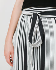 Side Party | Falda Soon Striped Midi Wrap - White/Black Stripes | Trait Store Barcelona
