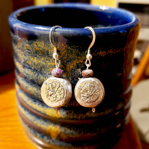 earrings; handmade; one of a kind; silver; beaded; Melasdesign