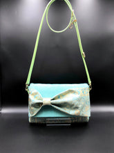 Load image into Gallery viewer, Bow Clutch Bag _ Serial No.TM01204
