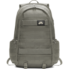 Lade das Bild in den Galerie-Viewer, Nike SB RPM Bag - BA5403-320 ligth-green