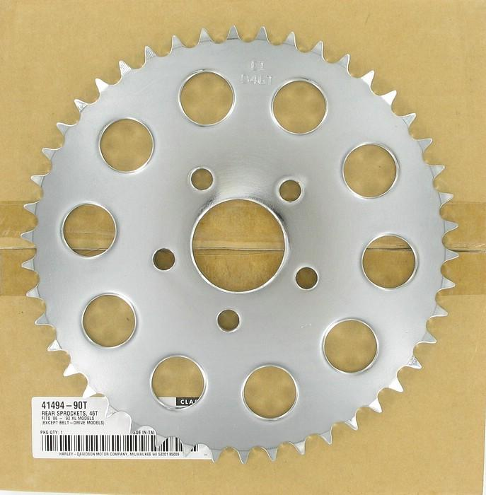 Rear sprocket - 46 T