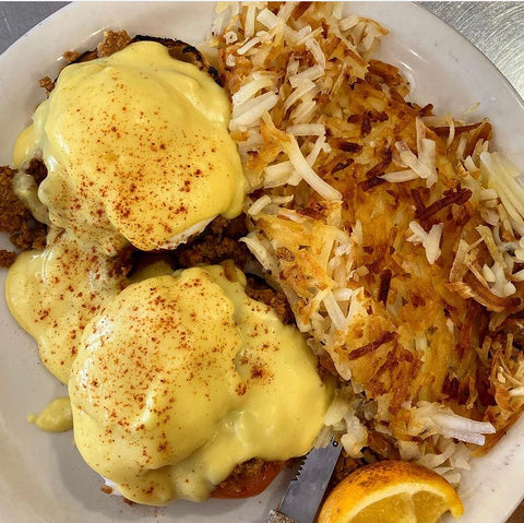 Chorizo Benedict and Hash Browns from Sunshine Cafe