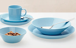 The Teema collection dates from the 1950s but looks as fresh today as when first created. Each object is derived from basic geometric forms and an ... & Iittala Teema dinnerware - Terrestra