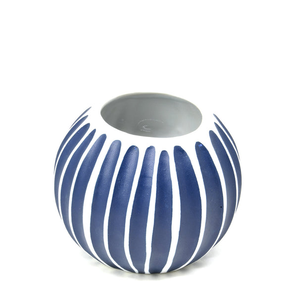 Ceramic vase carved blue & white orb