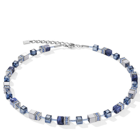 Coeur de Lion sodalite cubes and crystals necklace