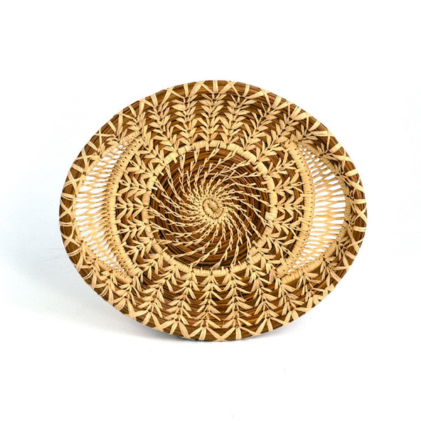 Lacy woven pine needle tray
