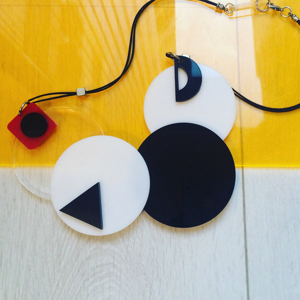 40% OFF!! BW Circles necklace.