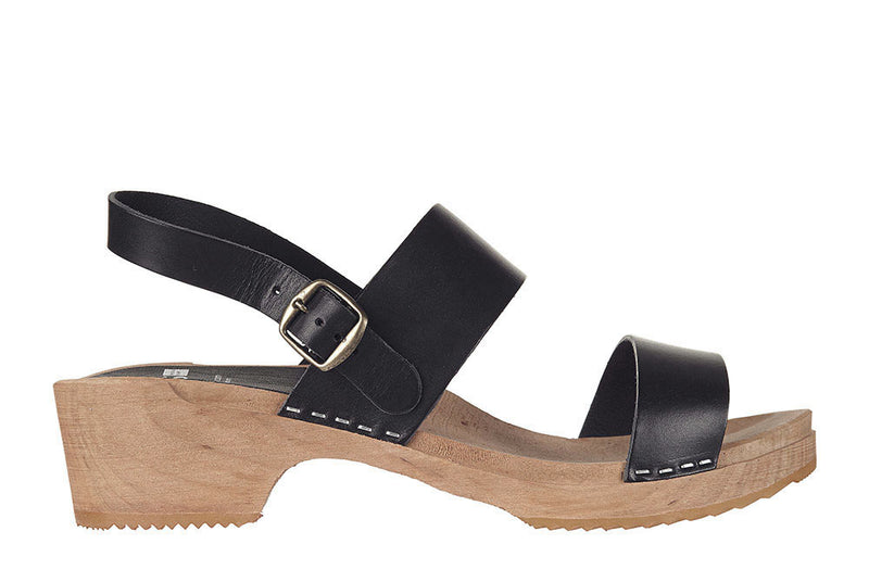 666 clog low 2 strap black