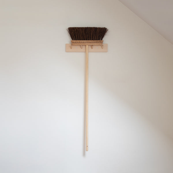 iris broom with long handle birch bassine