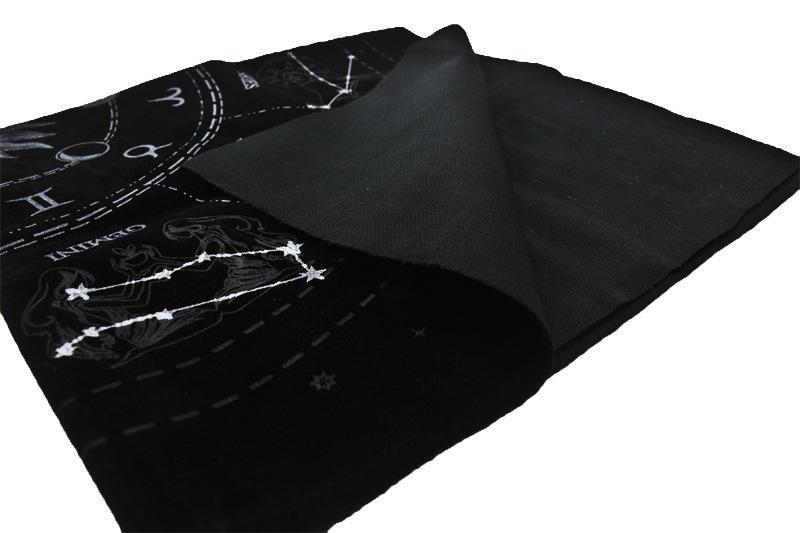 Starry divination Tarot tablecloth