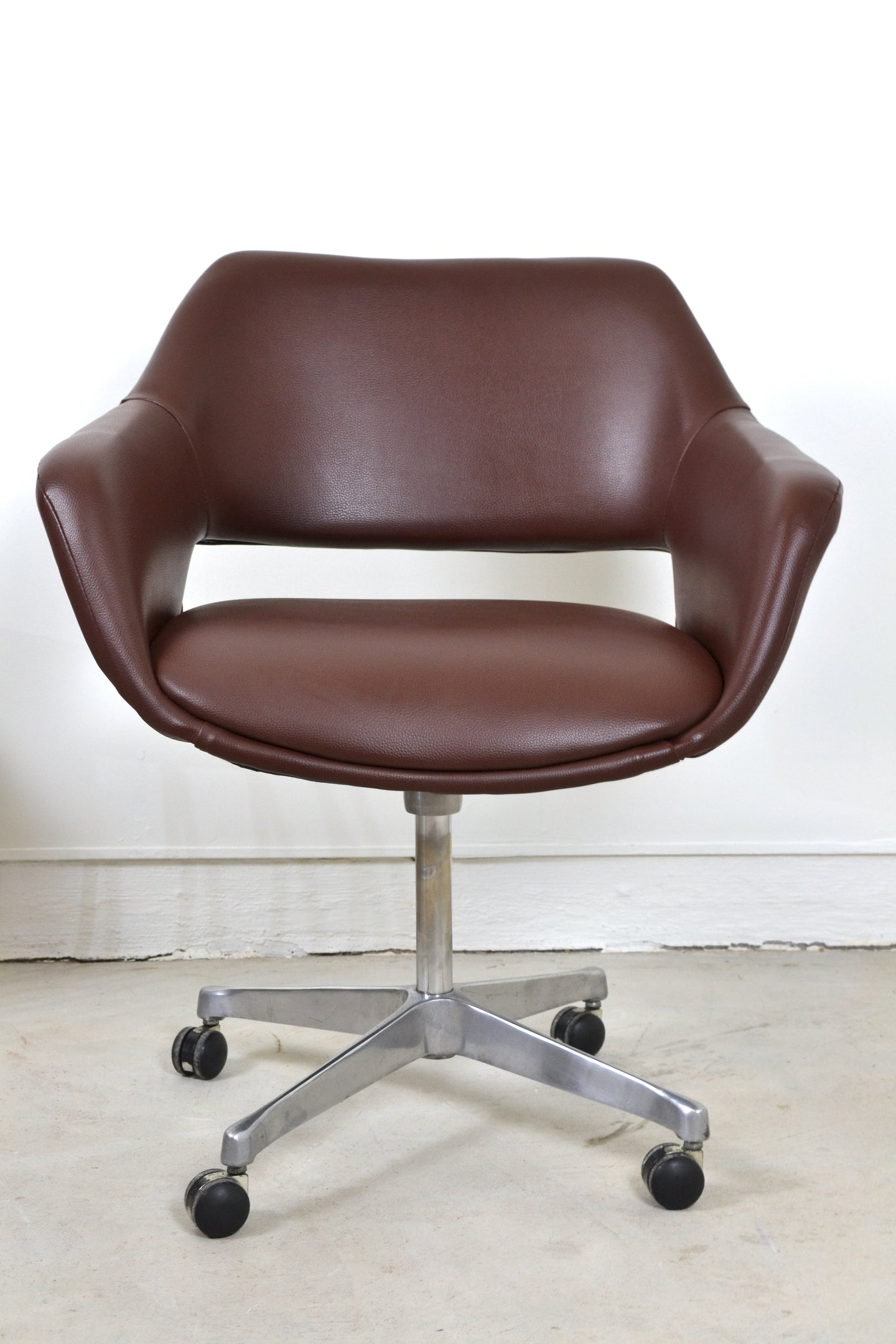 Framac winged ply-formed office chair. Australia, c,1960s Edwin Fox Furniture Melbourne furniture sales and restoration service,