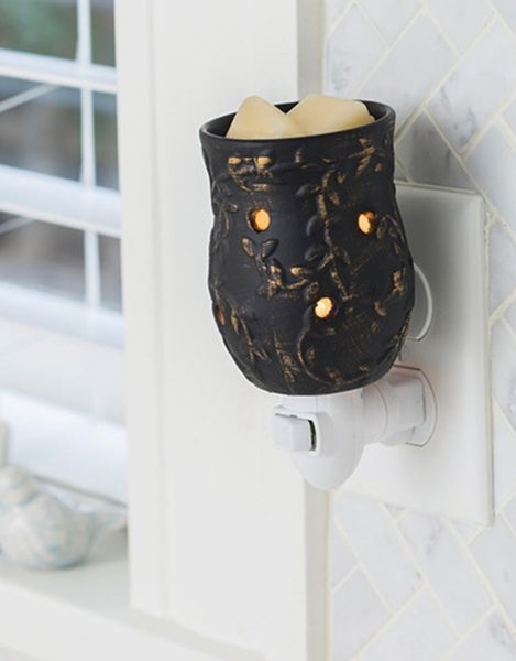 Pluggable Fragrance Warmer - Peppercorn