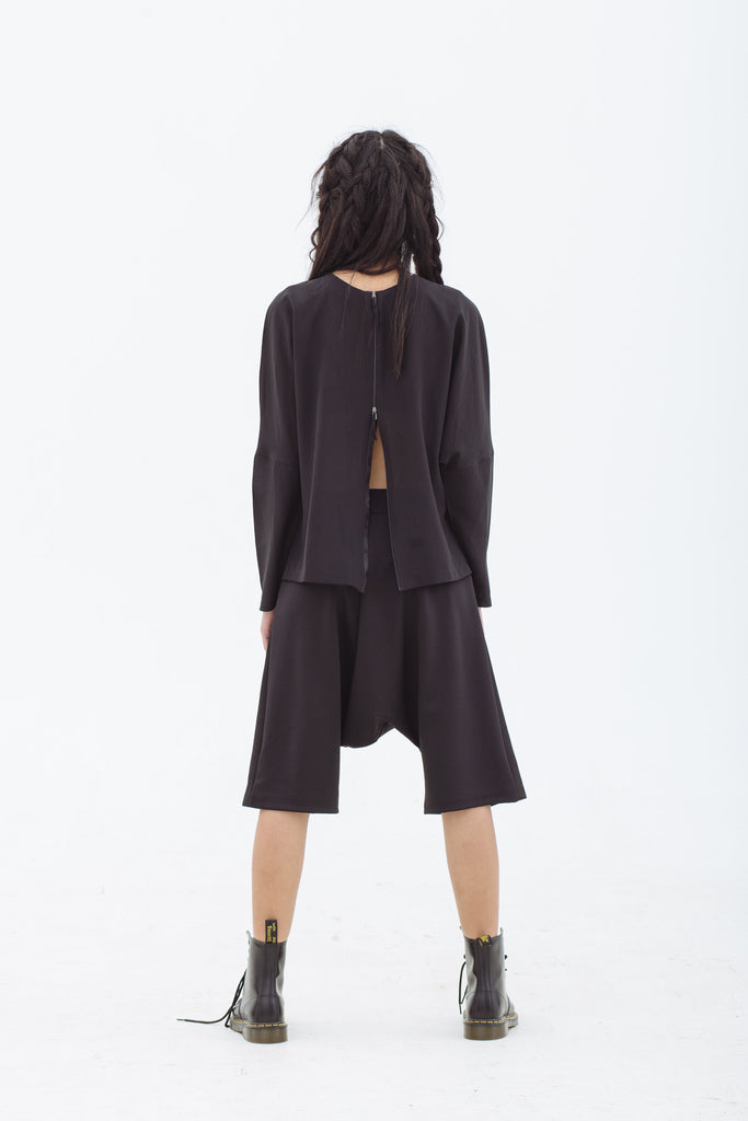 BACK IN STOCK: Multifunction Long Sleeve Top / Jacket