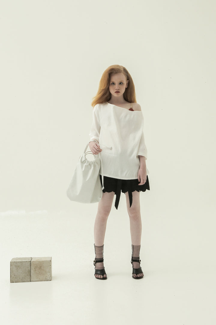 Putar Short Sleeve Top in White
