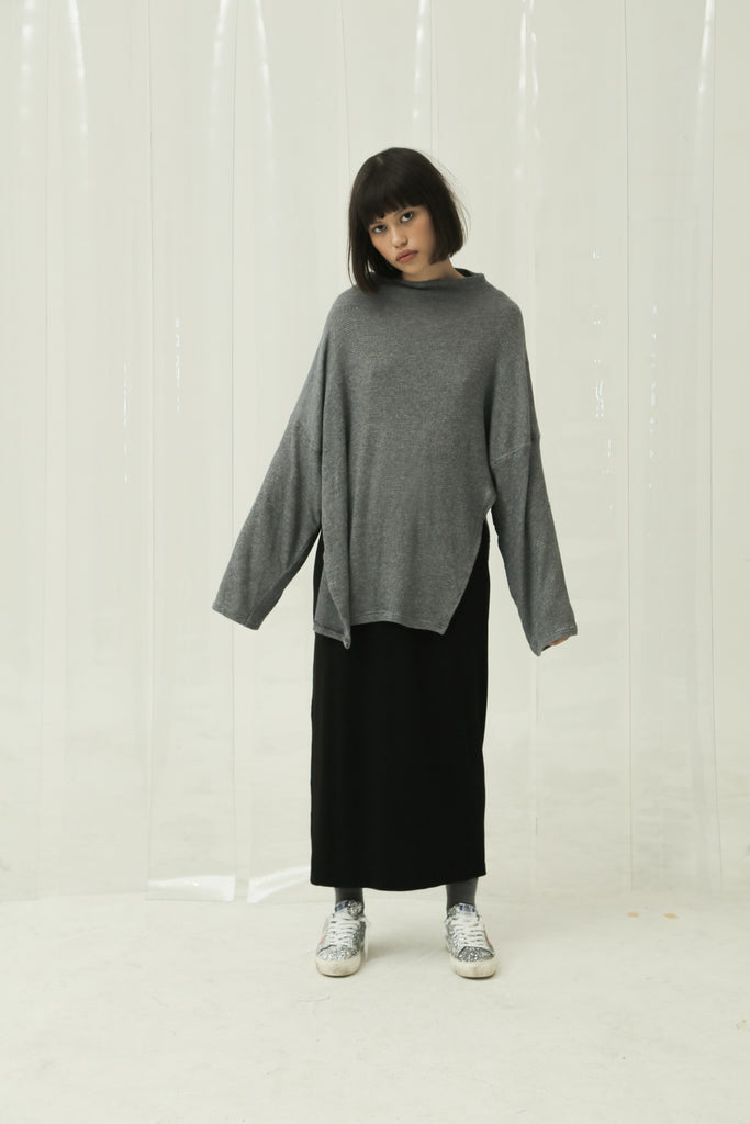 Last Piece — Dewan Oversized Long Sleeve Top