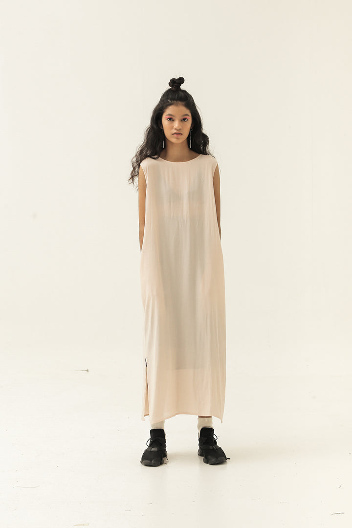 Esensial Inner Midi Dress in Apple Blossom