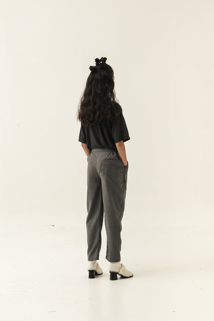 Jalan Pants in Dark Grey