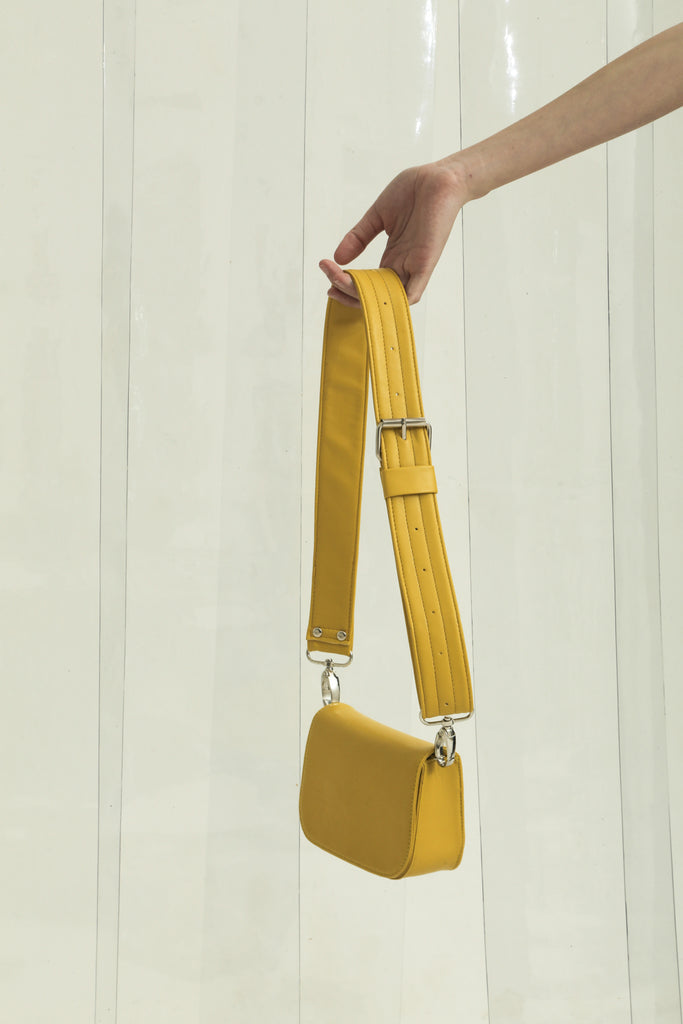 Web Exclusive — Modern City Bag