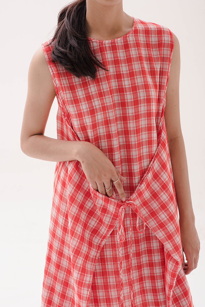 Kalem Panjang Dress in Red Gingham