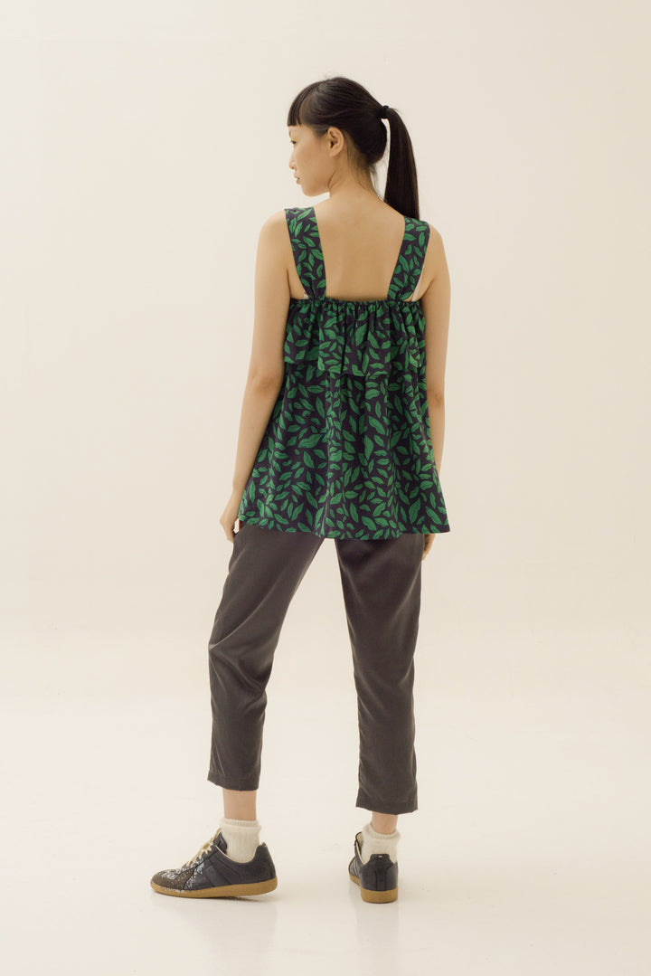Frill Sleeveless Top in Green Lippy